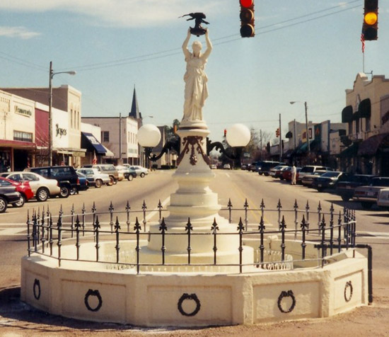 Boll Weevil Monument Enterprise Alabama (Coffee County)