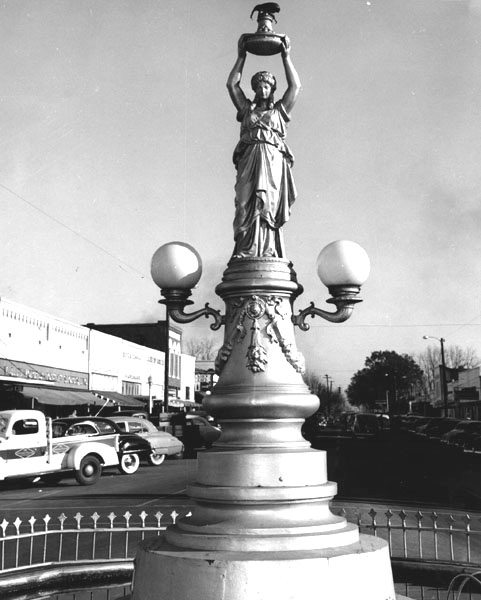 enterprise alabama boll weevil monument 1949