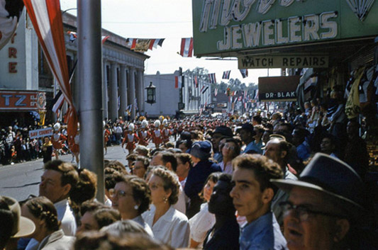 1954 National Peanut Festival Parade Crowd Foster Street, photo by Judy Tatom