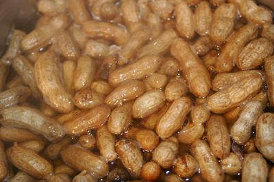 Boiling Peanuts